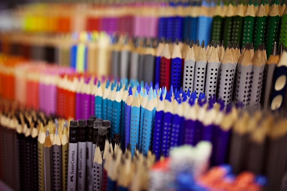 picture of art supplies available at artasmania in Deloraine